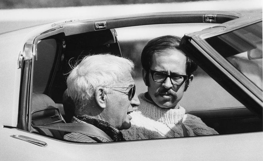 Patrick Bedard and Zora Arkus-Duntov with the 1971 Chevrolet Corvettes - Slide 14