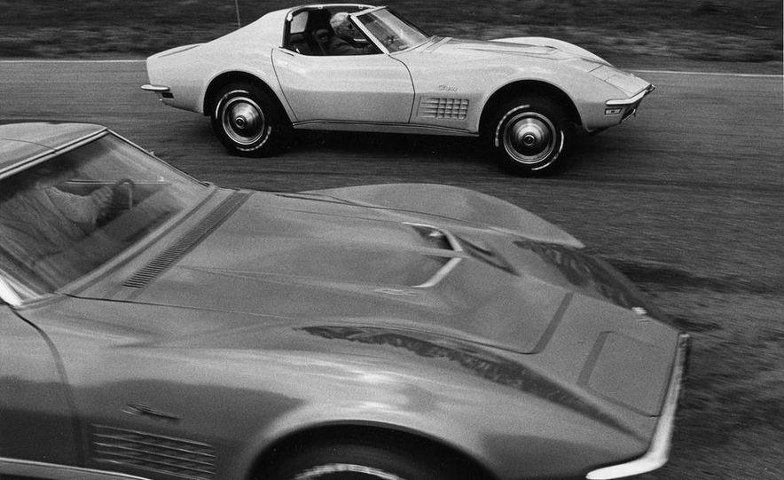 Patrick Bedard and Zora Arkus-Duntov with the 1971 Chevrolet Corvettes - Slide 2