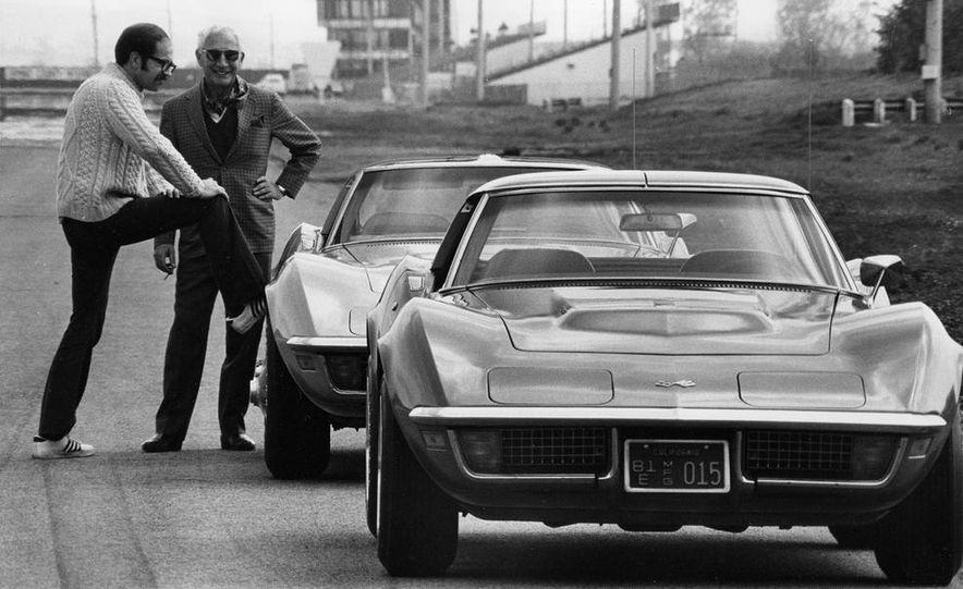 Patrick Bedard and Zora Arkus-Duntov with the 1971 Chevrolet Corvettes - Slide 4