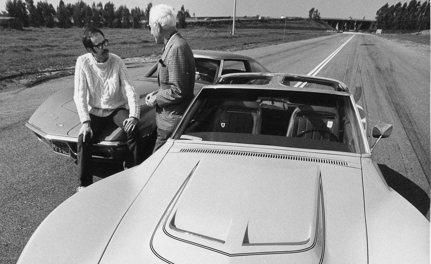 Patrick Bedard and Zora Arkus-Duntov with the 1971 Chevrolet Corvettes - Slide 6