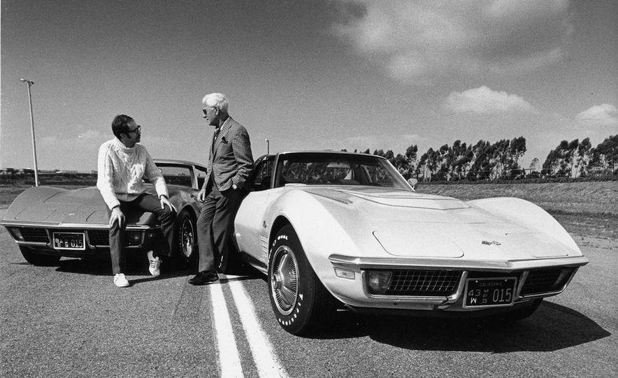 Patrick Bedard and Zora Arkus-Duntov with the 1971 Chevrolet Corvettes - Slide 7