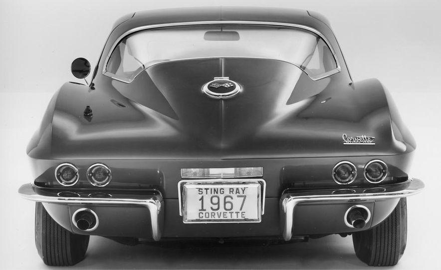 1967 Chevrolet Corvette 427 - Slide 3