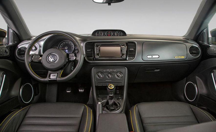 2013 Volkswagen Beetle GSR - Slide 4