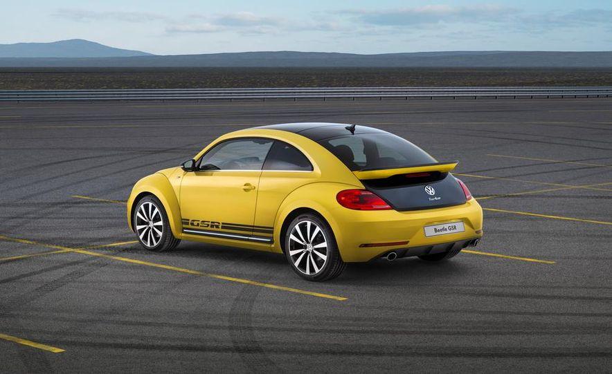 2013 Volkswagen Beetle GSR - Slide 2