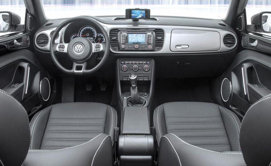 2013 Volkswagen Beetle GSR - Slide 16