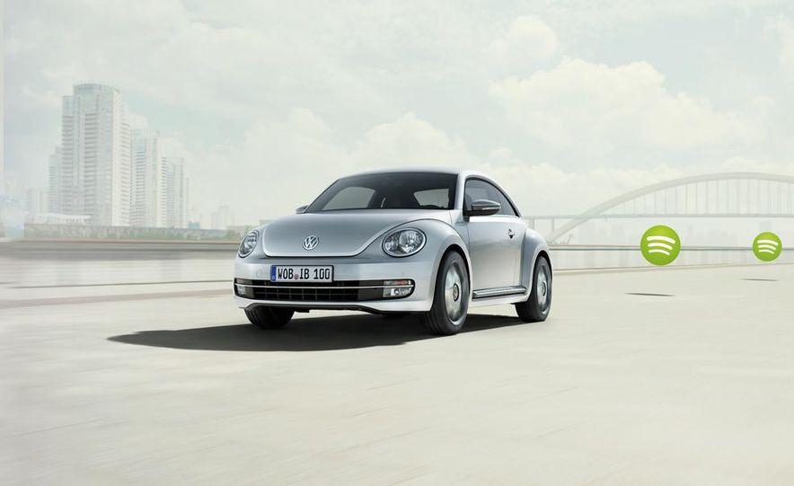 2013 Volkswagen Beetle GSR - Slide 14