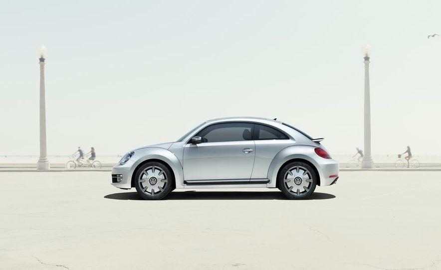 2013 Volkswagen Beetle GSR - Slide 15