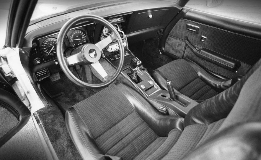 Mazda RX-7, Porsche 924, Chevy Corvette, Fiat Spider 2000, Datsun 280-ZX,  and Alfa Romeo Spider - Slide 13