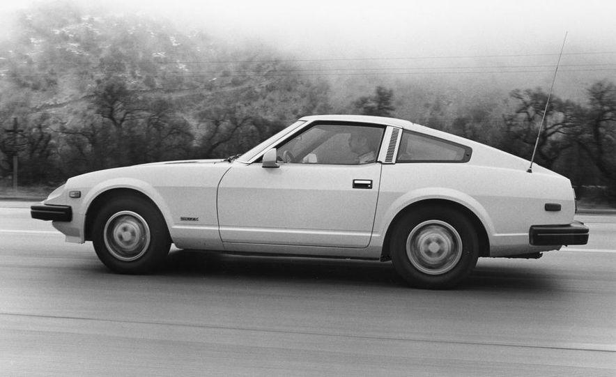 Mazda RX-7, Porsche 924, Chevy Corvette, Fiat Spider 2000, Datsun 280-ZX,  and Alfa Romeo Spider - Slide 6