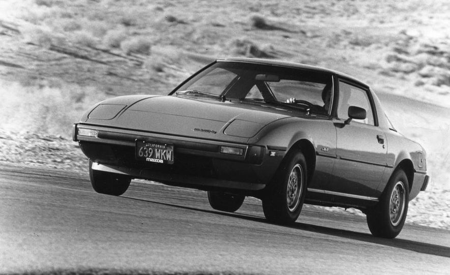 Mazda RX-7, Porsche 924, Chevy Corvette, Fiat Spider 2000, Datsun 280-ZX,  and Alfa Romeo Spider - Slide 14