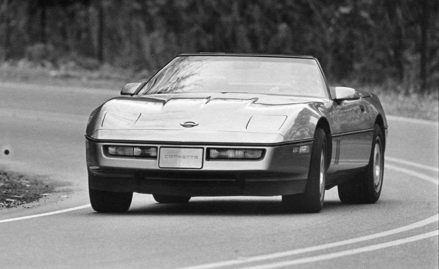 1986 Chevrolet Corvette convertible - Slide 1
