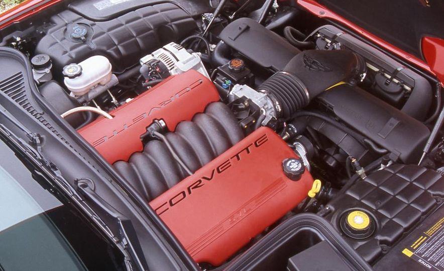 2001 Chevrolet Corvette Z06 - Slide 9