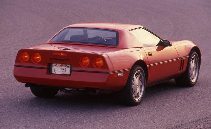 1989 Chevrolet Corvette convertible - Slide 5