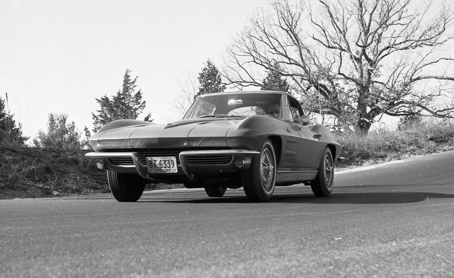 1963 Chevrolet Corvette Sting Ray - Slide 1
