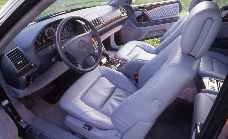 Mercedes-Benz 600SEC - Slide 5