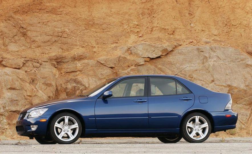 2001 Lexus IS300 - Slide 1