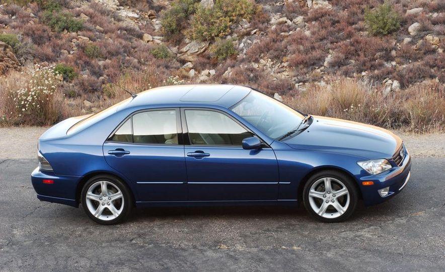 2001 Lexus IS300 - Slide 2