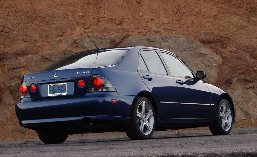2001 Lexus IS300 - Slide 4