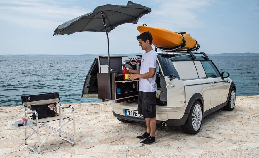 MINI Countryman ALL4 Camp concept, MINI Cowley concept trailer, MINI Clubvan Camper concepts - Slide 44