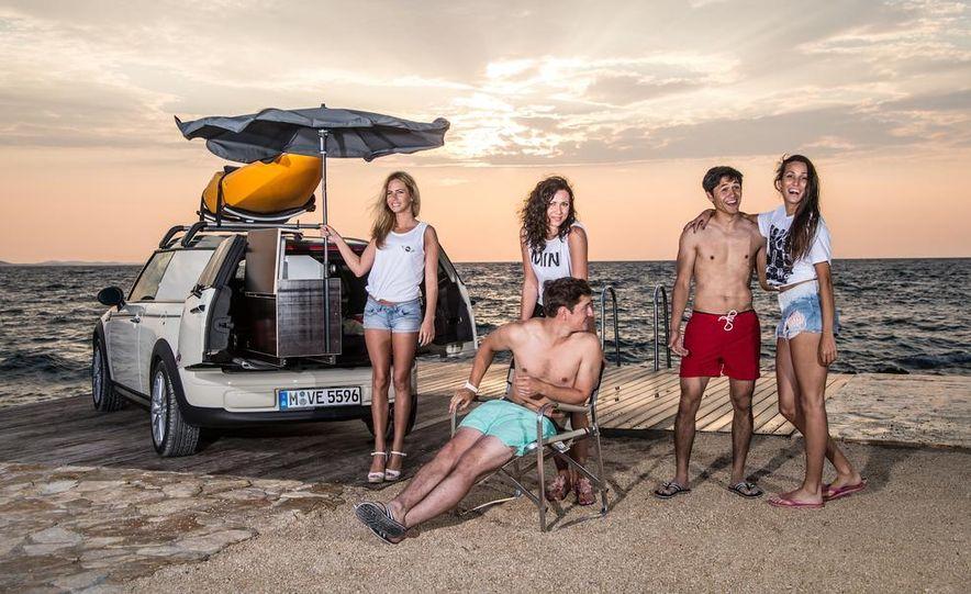 MINI Countryman ALL4 Camp concept, MINI Cowley concept trailer, MINI Clubvan Camper concepts - Slide 51