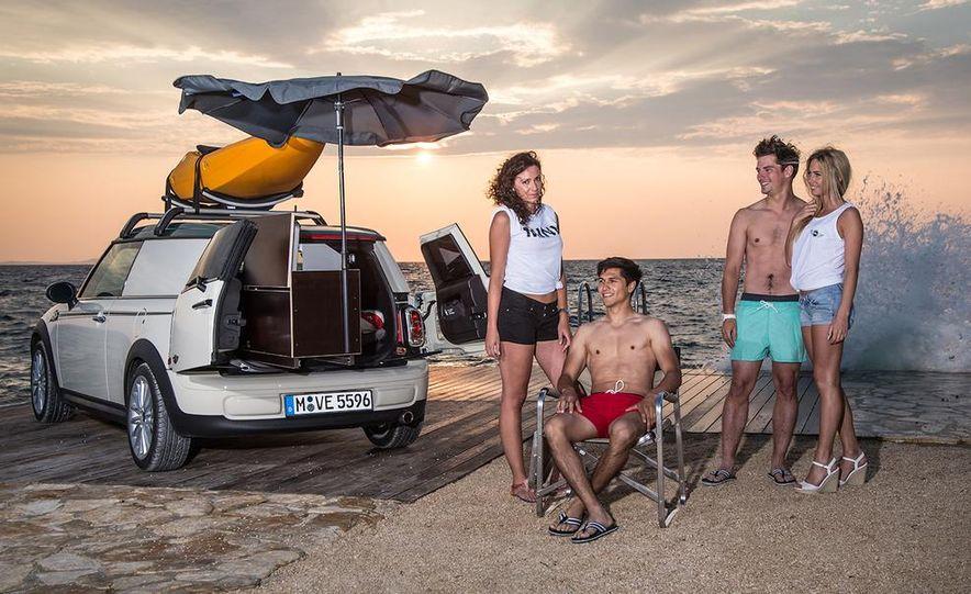 MINI Countryman ALL4 Camp concept, MINI Cowley concept trailer, MINI Clubvan Camper concepts - Slide 52