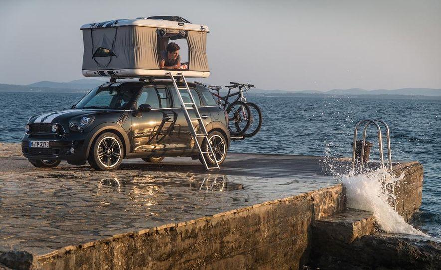MINI Countryman ALL4 Camp concept, MINI Cowley concept trailer, MINI Clubvan Camper concepts - Slide 19
