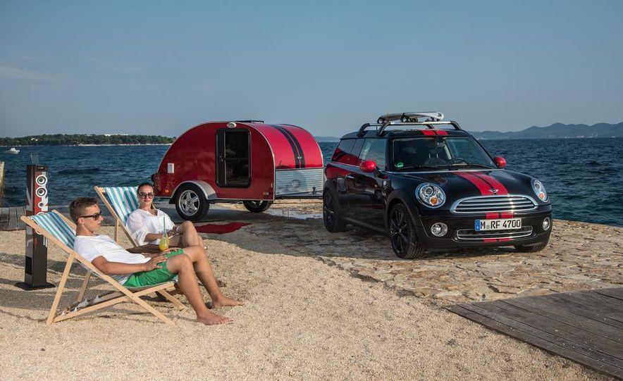 MINI Countryman ALL4 Camp concept, MINI Cowley concept trailer, MINI Clubvan Camper concepts - Slide 67