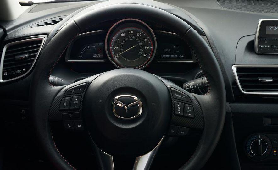 2014 Mazda 3 hatchback - Slide 15