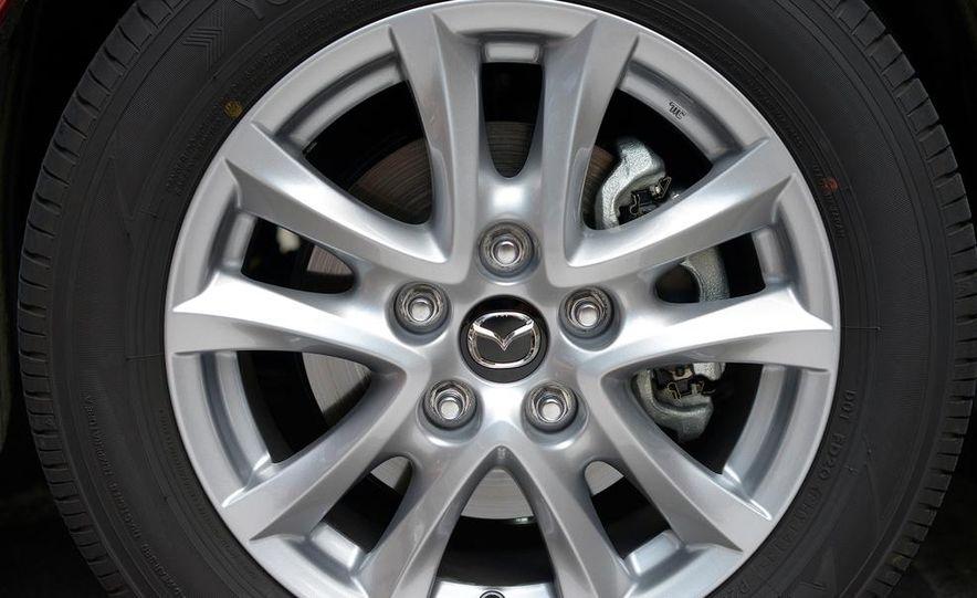2014 Mazda 3 hatchback - Slide 13