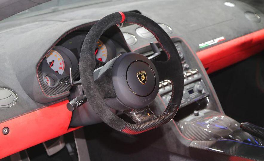 2013 Lamborghini Gallardo LP570-4 Squadra Corse - Slide 18