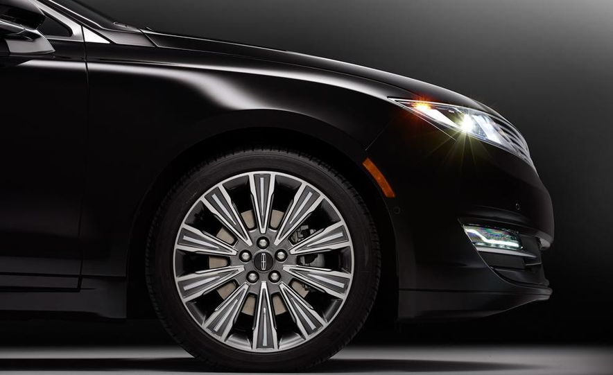2015 Lincoln MKZ Black Label - Slide 24