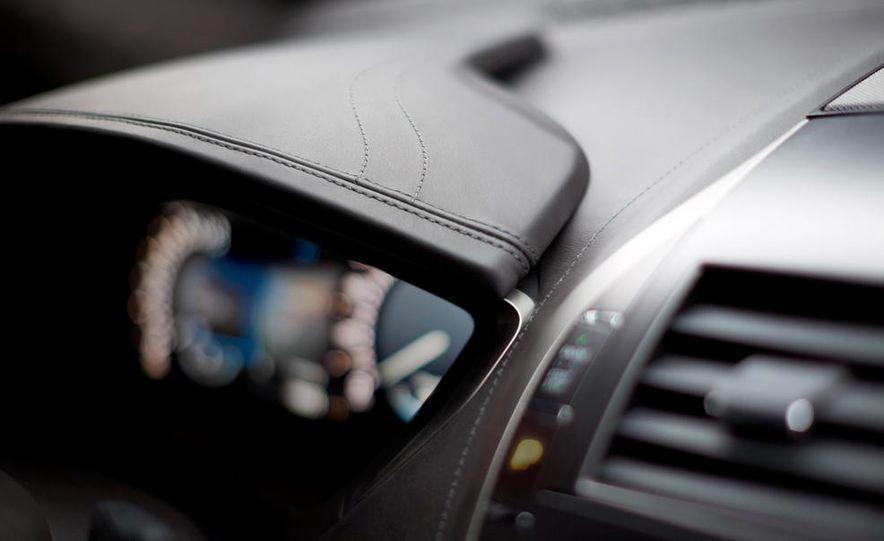 2015 Lincoln MKZ Black Label - Slide 17