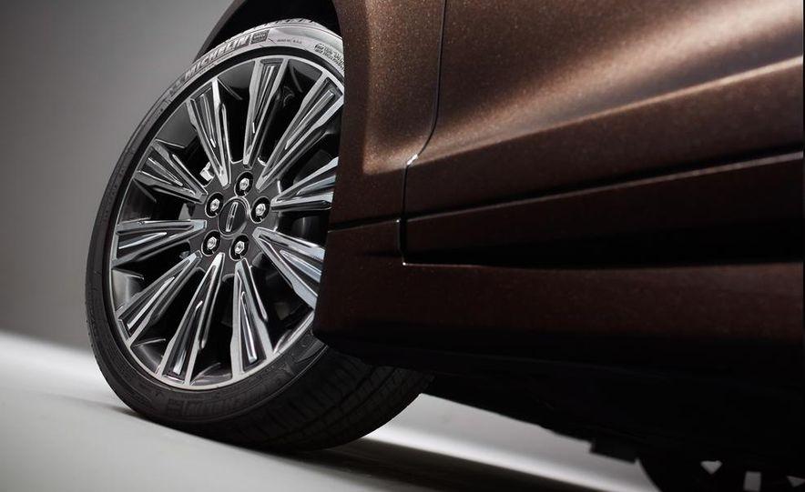 2015 Lincoln MKZ Black Label - Slide 9