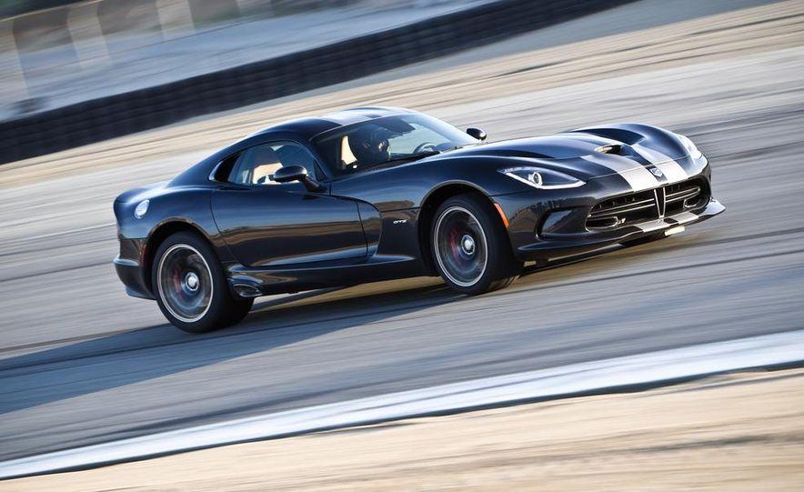 2013 SRT Viper GTS - Slide 1