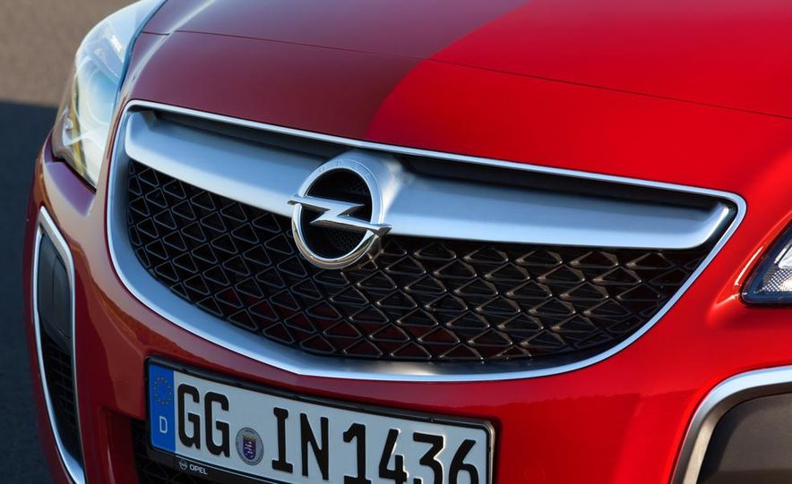 2014 Opel Insignia OPC - Slide 5