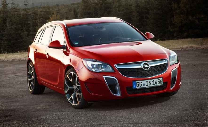 2014 Opel Insignia OPC - Slide 2