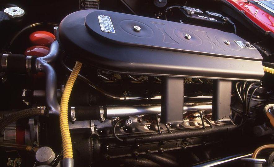 Ferrari 275 GTB/4 NART Spyder - Slide 8