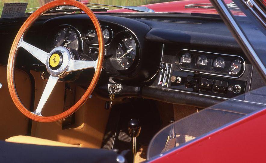Ferrari 275 GTB/4 NART Spyder - Slide 7