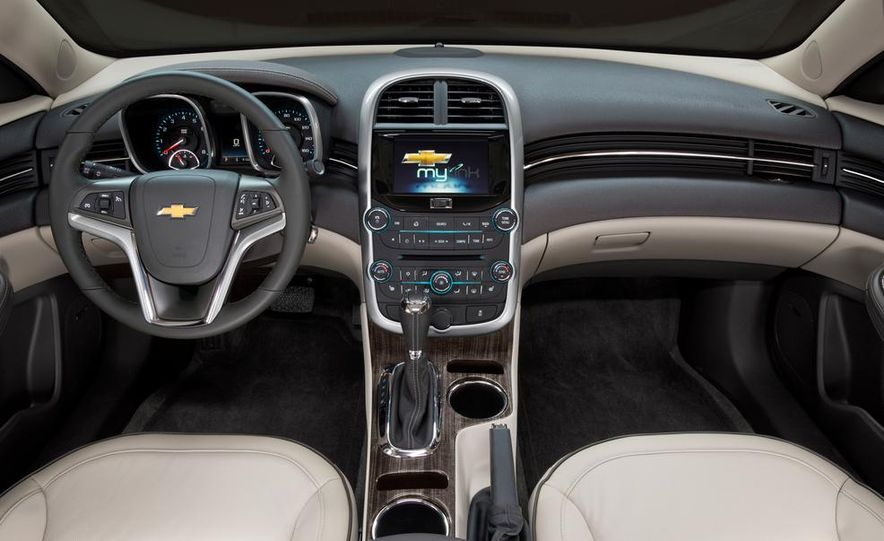 2014 Chevrolet Malibu - Slide 11