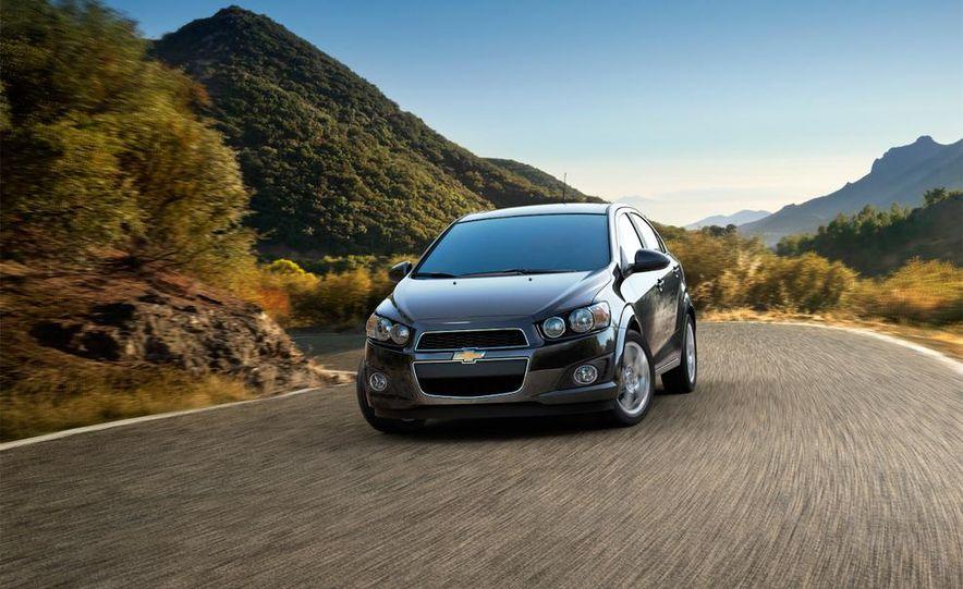 2014 Chevrolet Sonic sedan - Slide 1