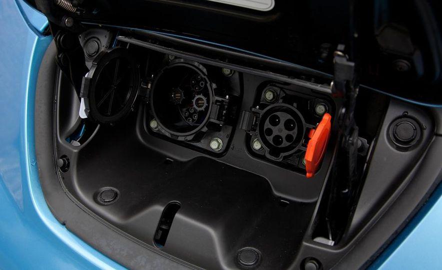 2013 Nissan Leaf - Slide 46