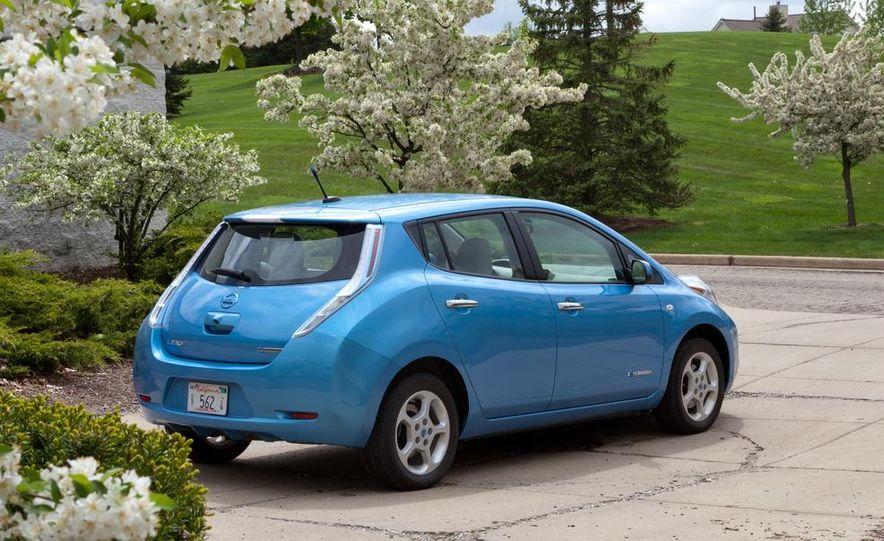 2013 Nissan Leaf - Slide 24