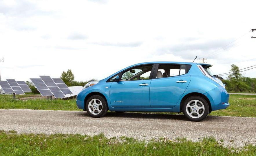 2013 Nissan Leaf - Slide 27