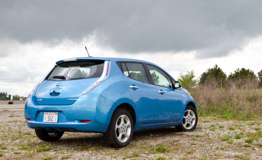 2013 Nissan Leaf - Slide 33