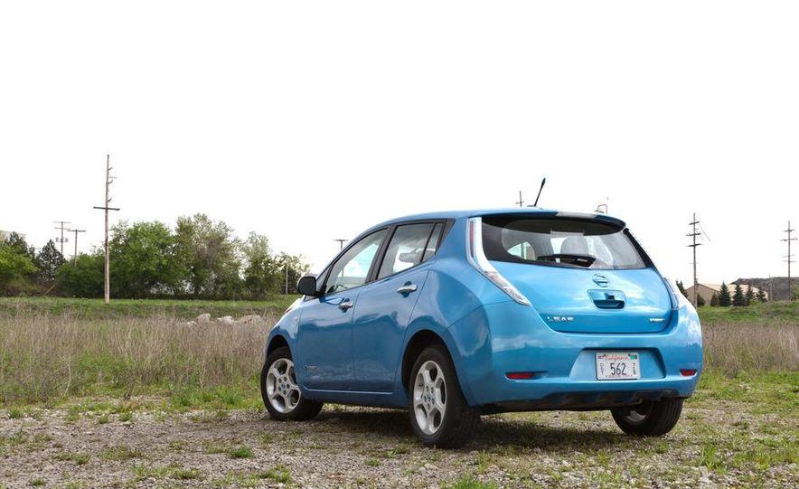 2013 Nissan Leaf - Slide 38