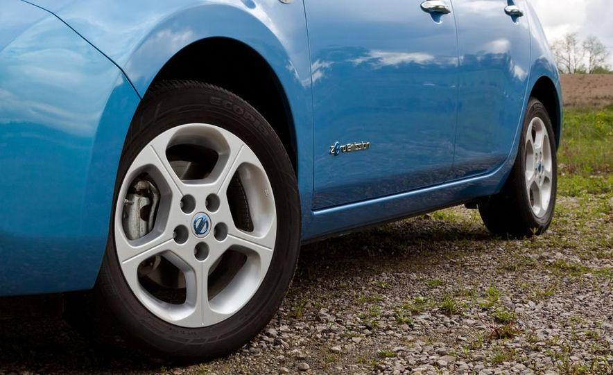 2013 Nissan Leaf - Slide 41
