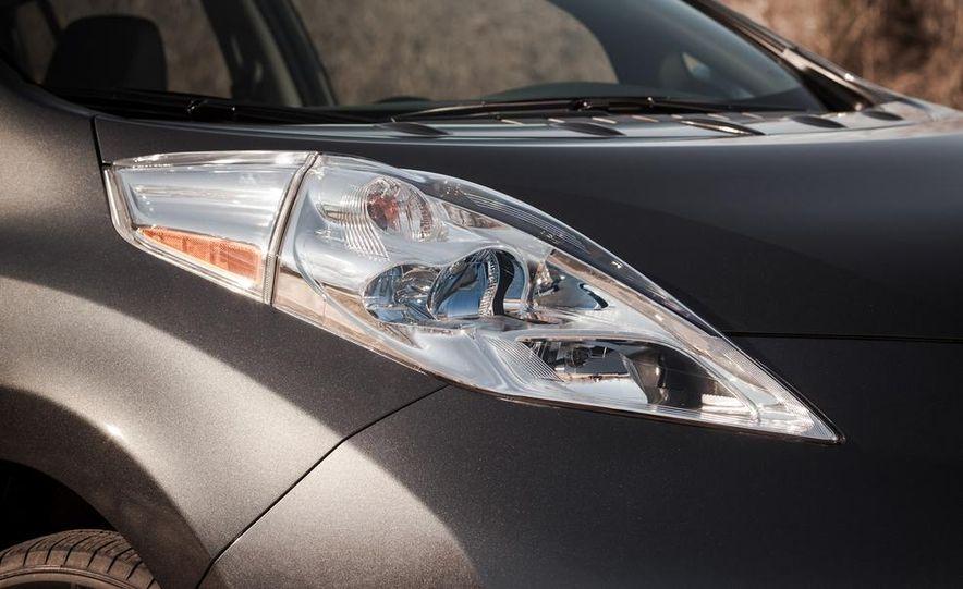 2013 Nissan Leaf - Slide 10