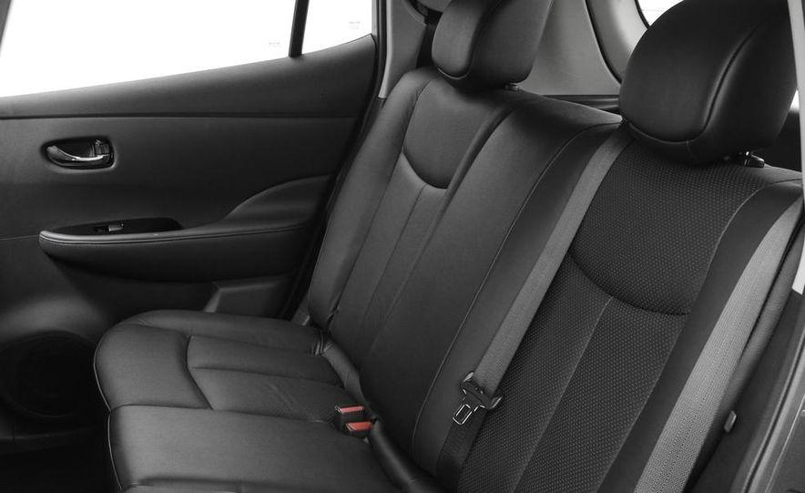 2013 Nissan Leaf - Slide 14