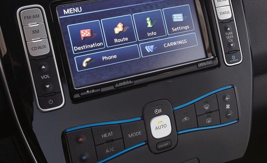 2013 Nissan Leaf - Slide 20