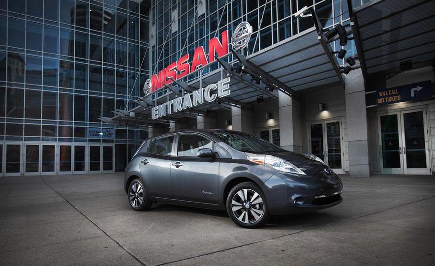 2013 Nissan Leaf - Slide 4